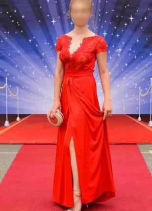 Платье вечернее атлас и кружево р.46 Seam
