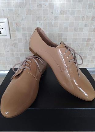 Новые шикарные туфли-оксфорды кожаные bassariana