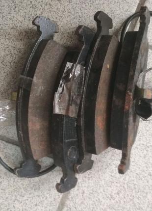 Передние тормозные колодки форд с корпио
