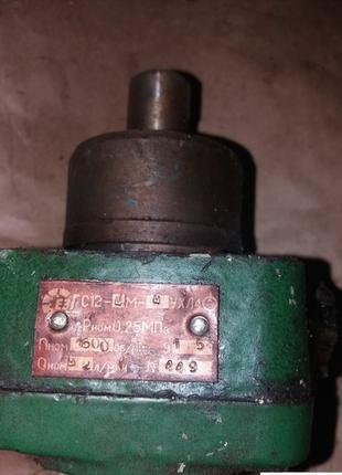 Насосы пластинчатые для смазки С12 4М 2; С12 4М 3,2;  С12 4М 6,3,