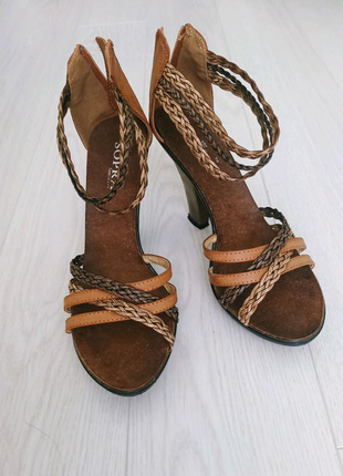 Женские босоножки на каблуке, летняя обувь на девушку