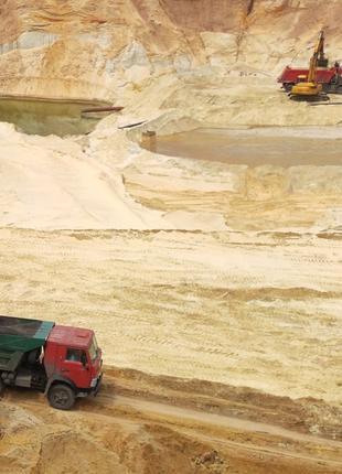 Песок:Мытый ,горный.