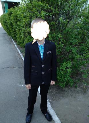 Школьный костюм west fashion в 1 клас