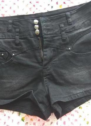 Стильные джинсовые шорты с завышенной талией kelly brook