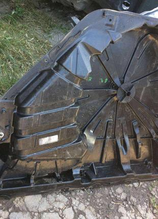 Б/у ниша запасного колеса Renault Megane 2, 8200021035