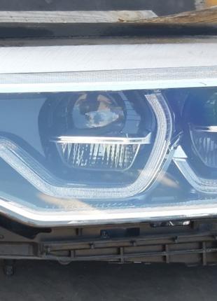 BMW 5 G30 Фара 63117214961 (8499121)