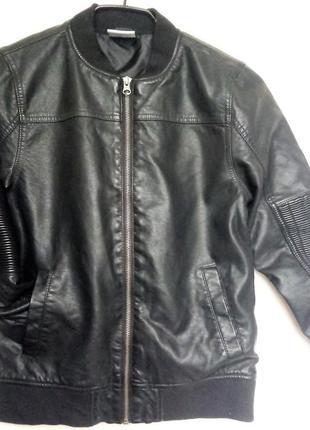 Куртка бомбер yigga германия на мальчика 146см