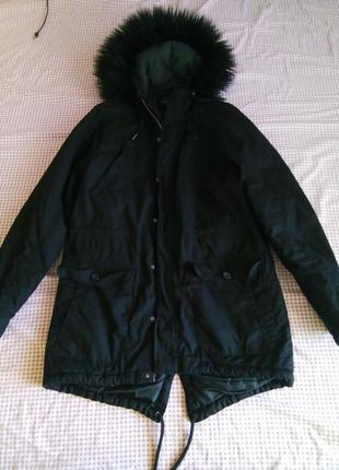 Куртка чорна, парка