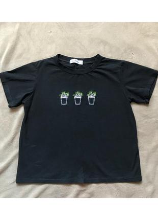 Чёрная футболка с растениями shangui