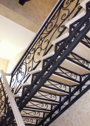 Лестницы на заказ в Николаеве и Николаевской области.