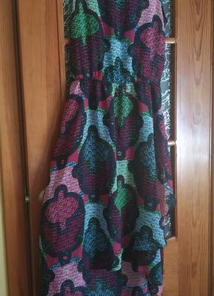 Легкое летнее цветастое платье