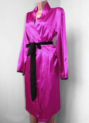 Халат домашний атласный  розовая фуксия с черным поясом и кант...