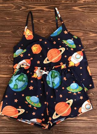 Комплект для дома и сна/пижама с шортами в космическом стиле