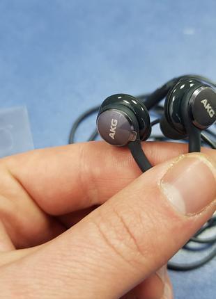 навушники гарнітура AKG з комплекту Samsung Galaxy S8