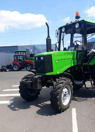 Новий трактор МТЗ - КИЙ14820