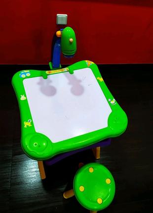 Столик-мольберт для рисования