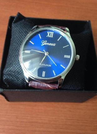 GENEVA часы наручные коричневый ремешок