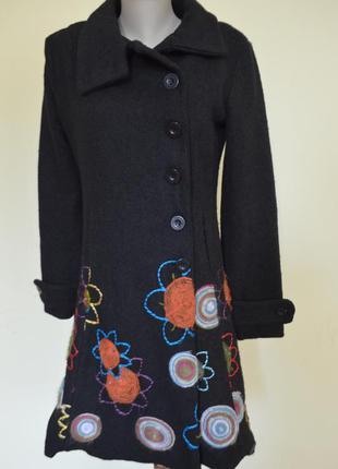 Очень шикарное стильное брендовое пальто