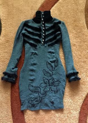 Платье платьице тёплое демисезон с кролиной опушкой
