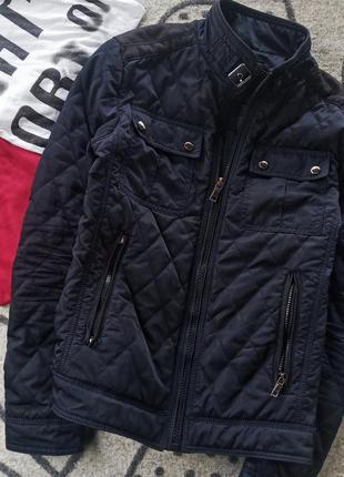 Модная деми куртка