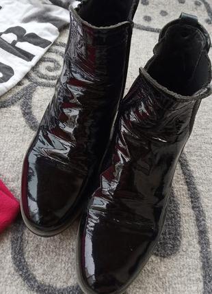 Деми ботинки кожа лак