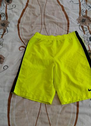 Шорты Бриджи Nike Puma Under Armour New Balance Asics Adidas