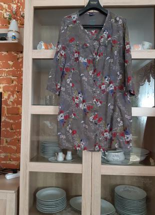 Котоновая в цветы рубашка туника большого размера