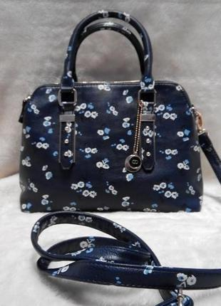 Элегантная,компактная темно синяя сумка the collection debenhams