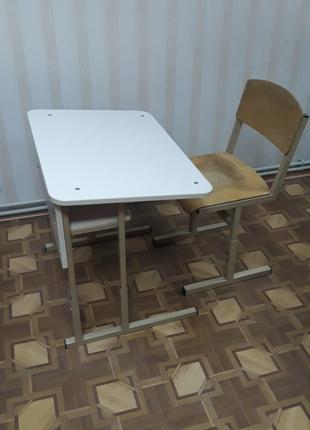 Парта и стул ученические с регулировкой по высоте