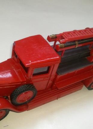 Коллекционная пожарная машинка ЗИС-11 ПМЗ-1.