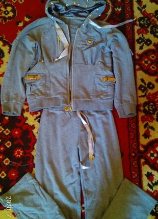 Продам гламурный спорт костюмPIN