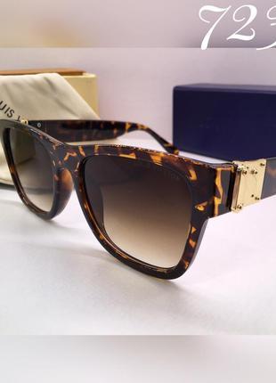 Женские солнцезащитные очки роговая оправа louis vuitton