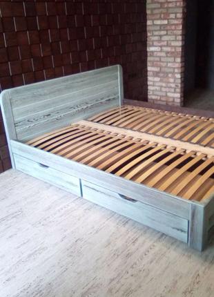 Изготавливаем деревянные кровати под заказ.