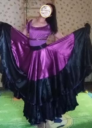 Шикарный цыганский костюм Фуксия