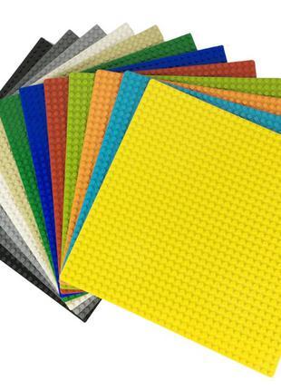 Пластина, подставка для сборки конструктора (аналог лего)