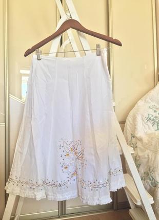 Милая хлопковая юбка миди с цветами, камнями, паетками и сборк...