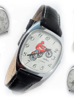 Часы «Чайка-МОТОСПОРТ» сделано в СССР 70-х. мужские, МЕХАНИЧЕСКИЕ