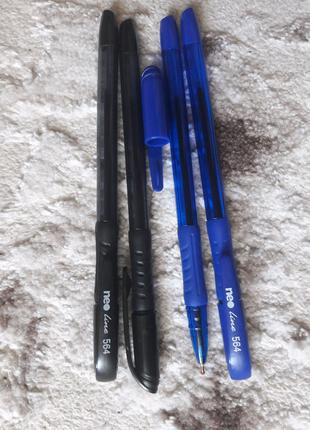 Ручки хорошего качества (синий, черный цвет)