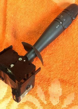 Переключатель поворотов, света фар, противотуманных фар (подрулев