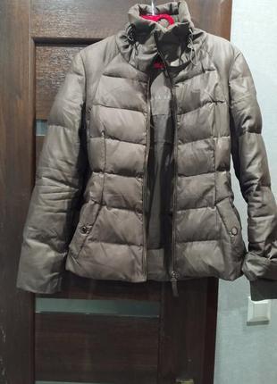Теплая курточка-пуховик zara