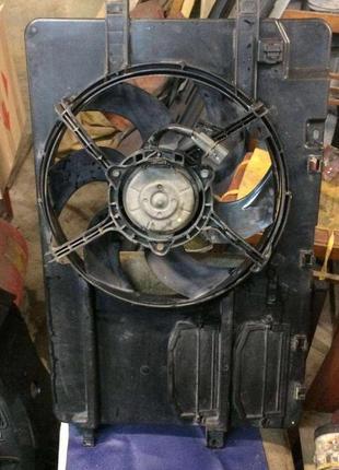 Б/у вентилятор радиатора с диффузором к Smart Forfour, Mitsubishi