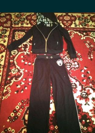 Продам костюм спорт трикотажDe Salitto