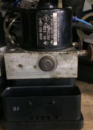 Б/у блок управления ABS Renault Laguna 2, 8200053422C DE ESP, Рен