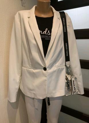 Стильный белоснежный мягкий пиджак жакет блейзер кардиган накидка