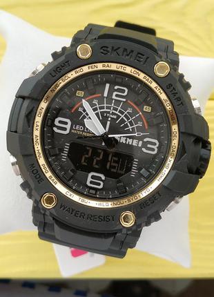 Мужские спортивные водонепроницаемые часы skmei черные с золот...