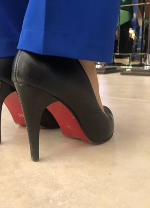 Женские кожаные туфли на каблуке(шпильке)