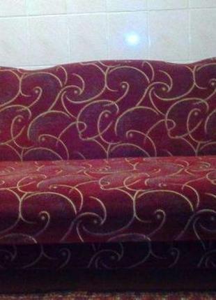 Жилая комната диван