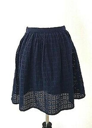 Uniqlo: юбка из прошвы