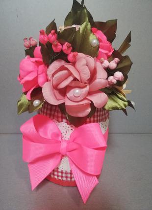 """Подарочный горшочек с цветами из атласных лент """"Розы"""" ручная рабо"""