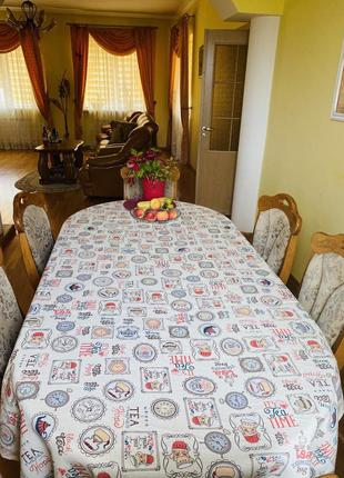 Скатерть для большого стола  с кружевом лён